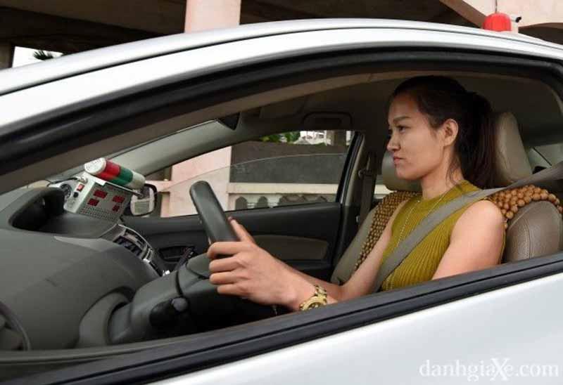 Điều kiện thi bằng lái xe ô tô là gì?