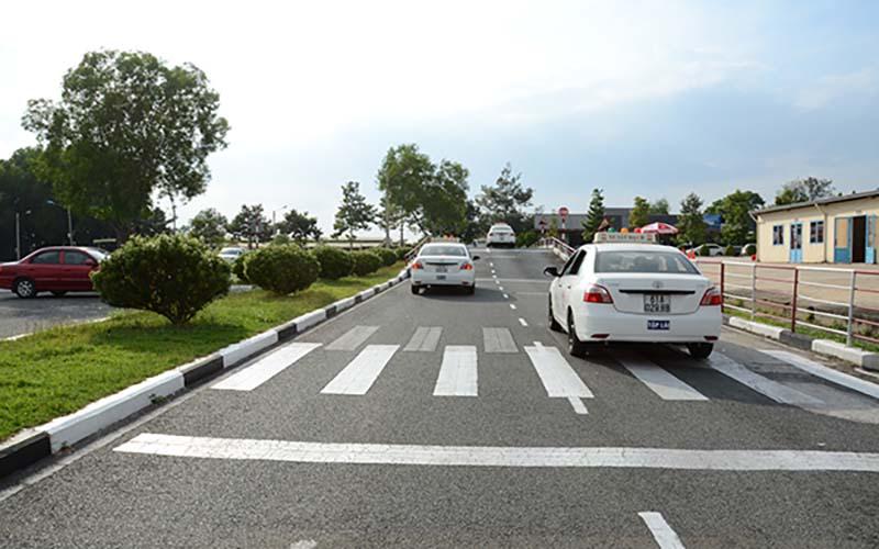 Hướng dẫn cách học bằng lái xe B1 phần thực hành