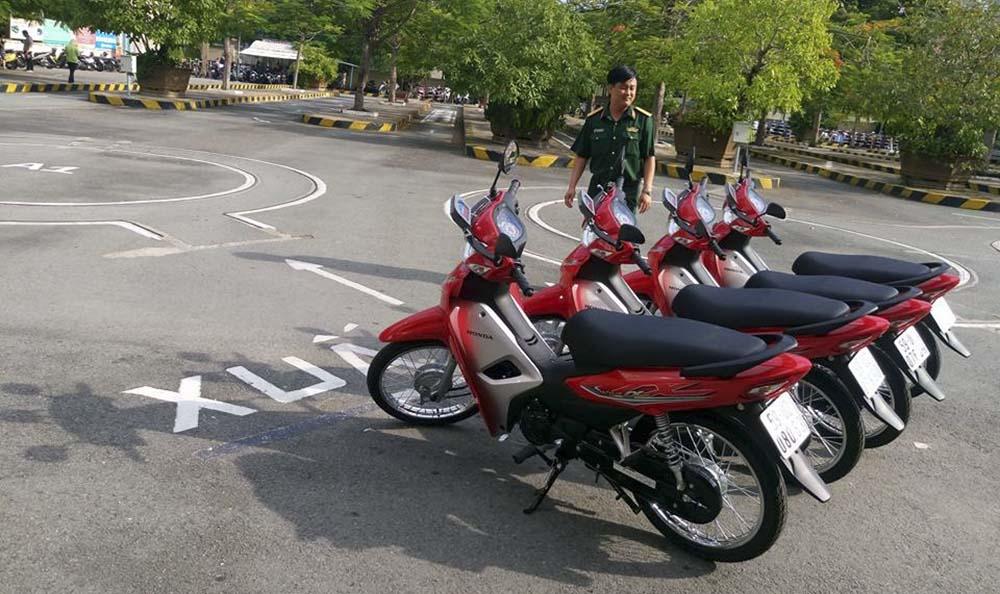 Lịch thi bằng lái xe máy theo quý năm 2021