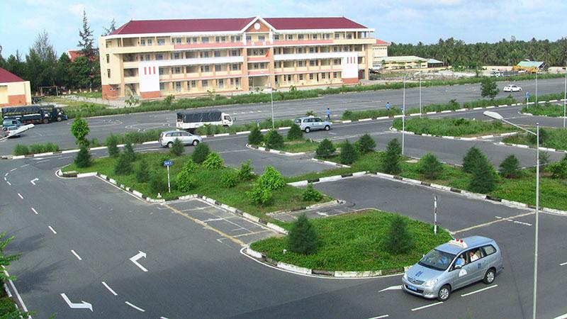 Trung tâm học lái xe B2 Phú Yên