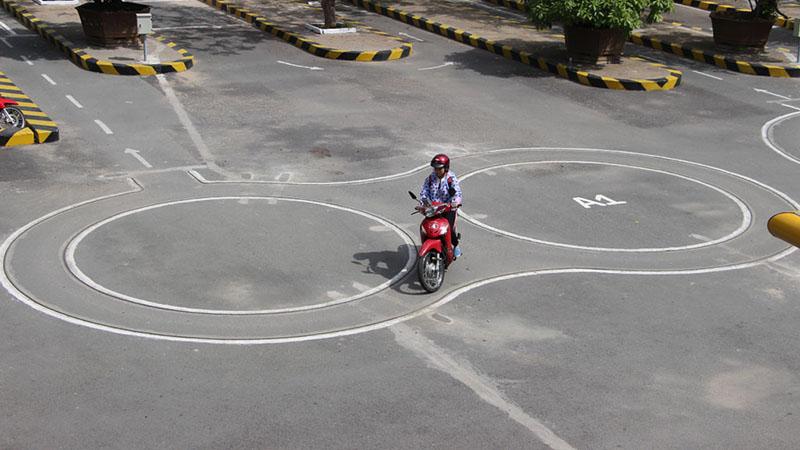 Thi thực hành bằng lái xe máy A1
