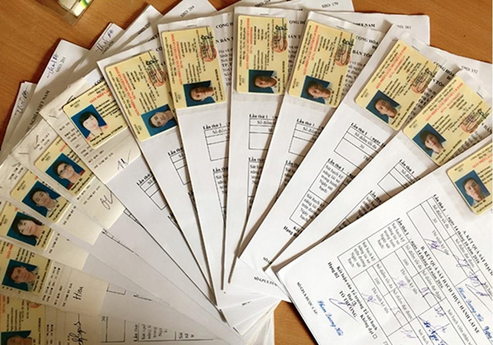 Bước 1: Chuẩn bị hồ sơ đăng ký thi bằng A1