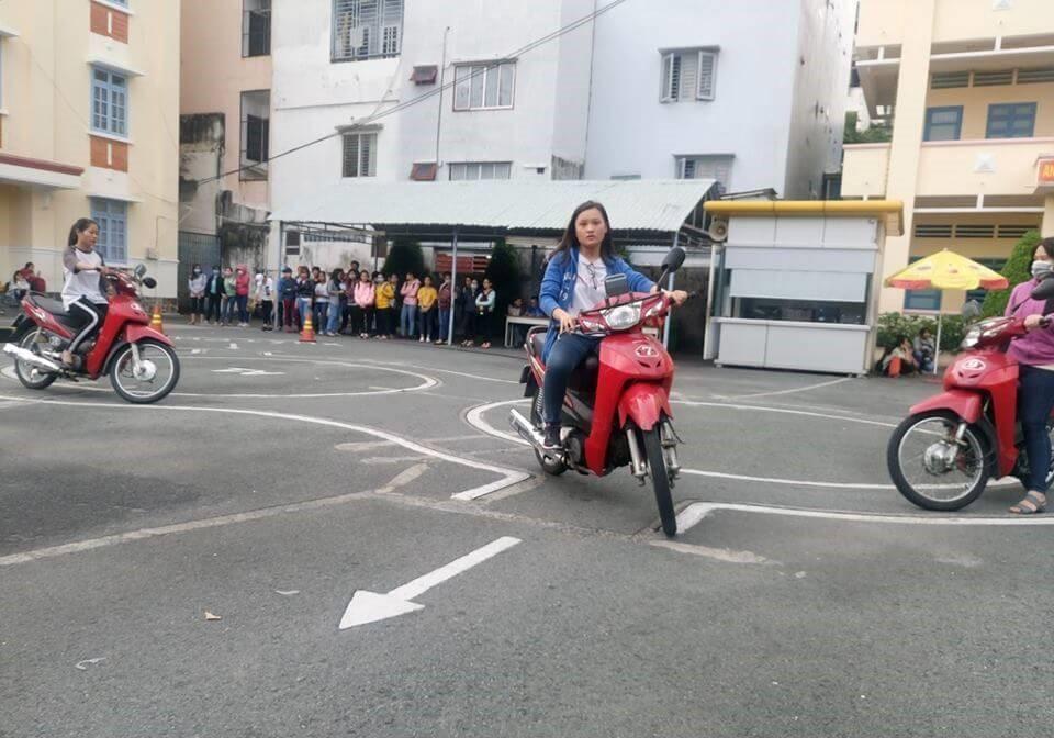 Thi bằng lái xe A1 ở Gia Lai trọn gói giá rẻ với Học Lái Xe 12h