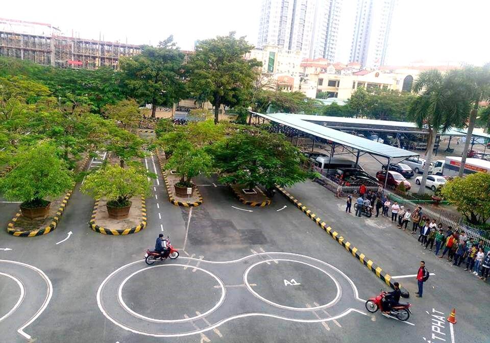 Trung tâm đào tạo thi bằng lái xe máy A1 Đông Dương