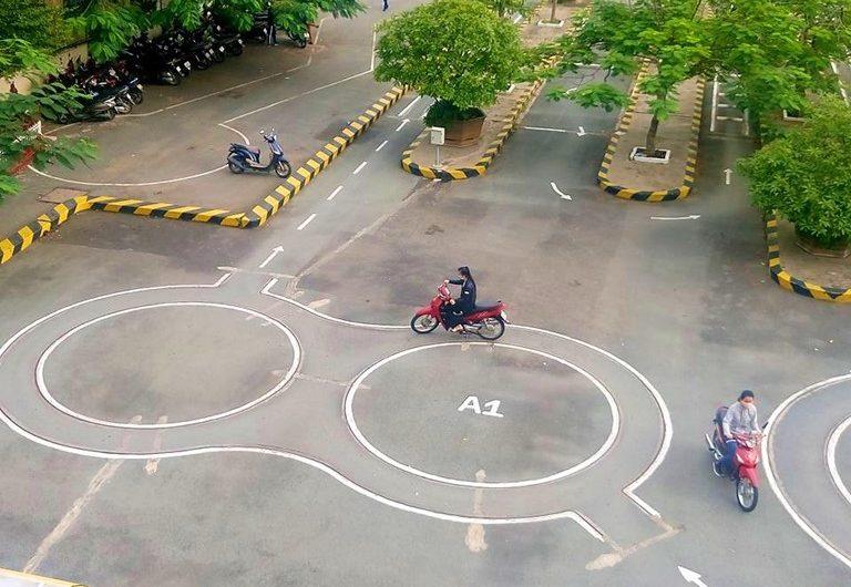 Thi bằng lái xe máy A1 có khó không?