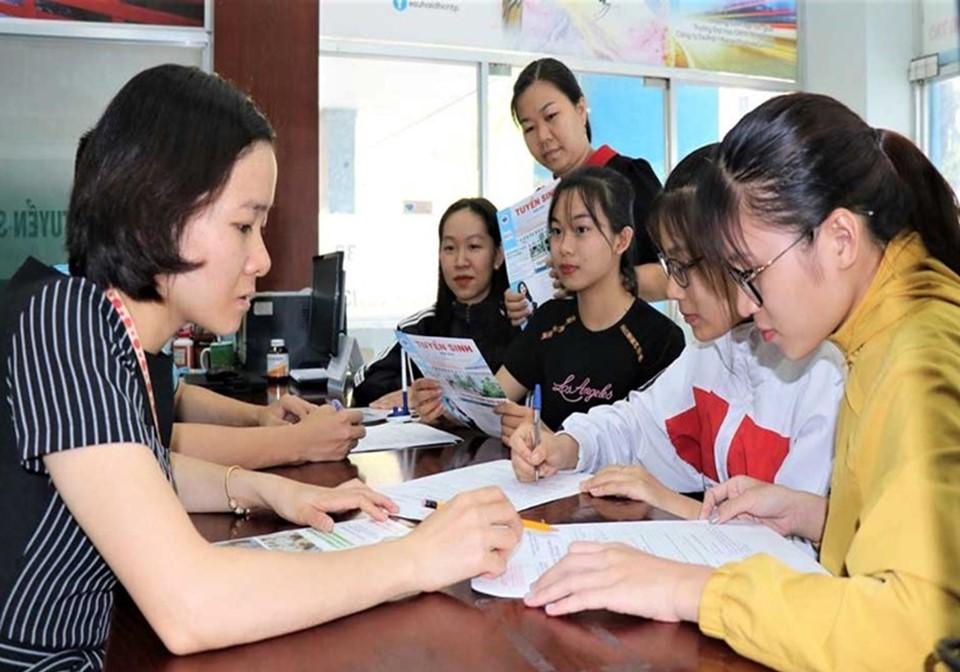 Thủ tục đăng ký thi bằng lái xe hạng A1 tại Trung tâm ĐTLX Hùng Vương