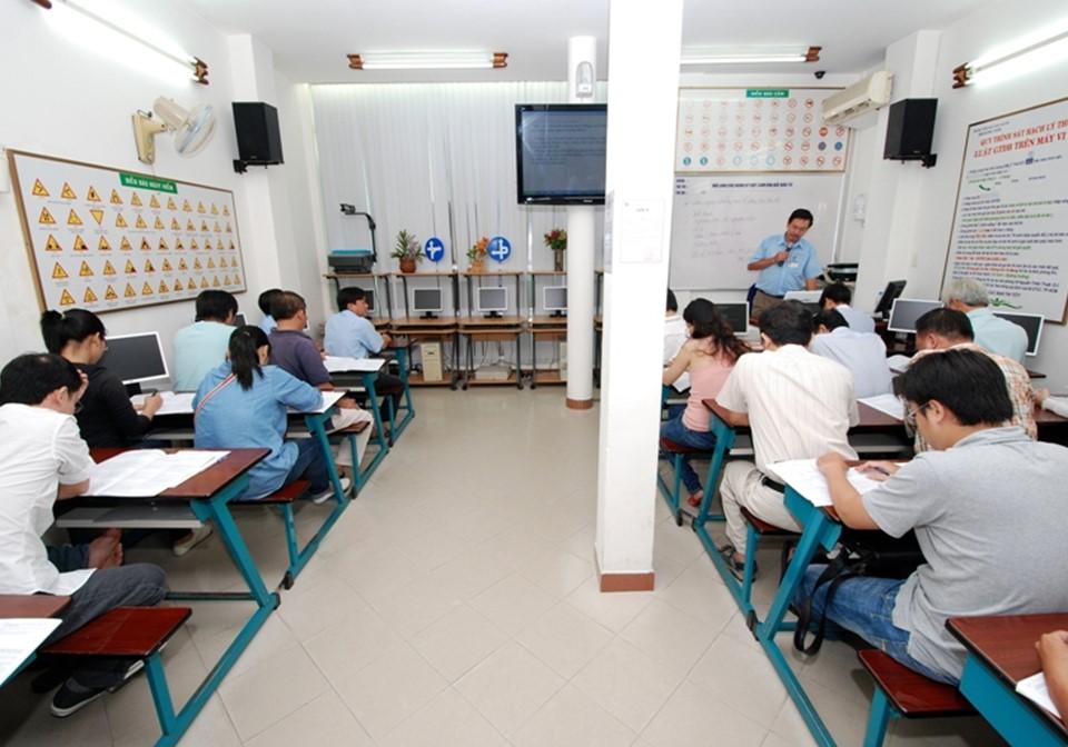 Chương trình học của Học Lái Xe 12h đảm bảo chất lượng cao